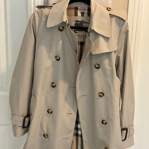 Burberry tench coat
